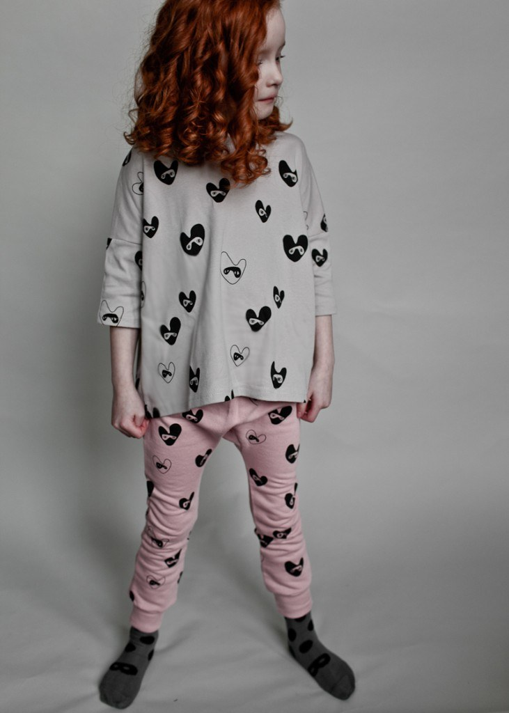 Oversize Top Frill Back Grey Bandit Lovehearts & Davenport Pants Dust Pink Bandit Lovehearts